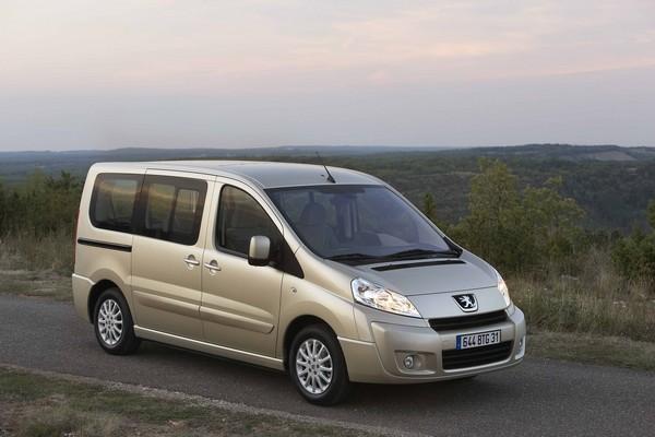 Precios de Peugeot Expert Premium 2.0 HDI 140 8/9 pl. 6V L2